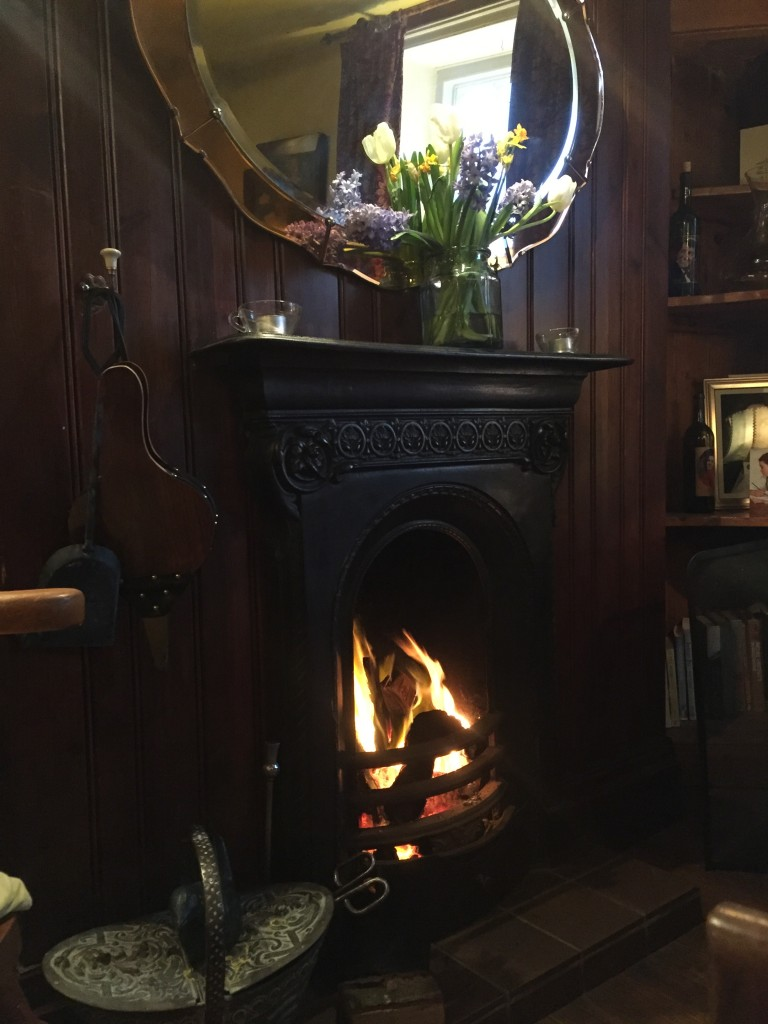 MOTHERSDAY FIRESIDE